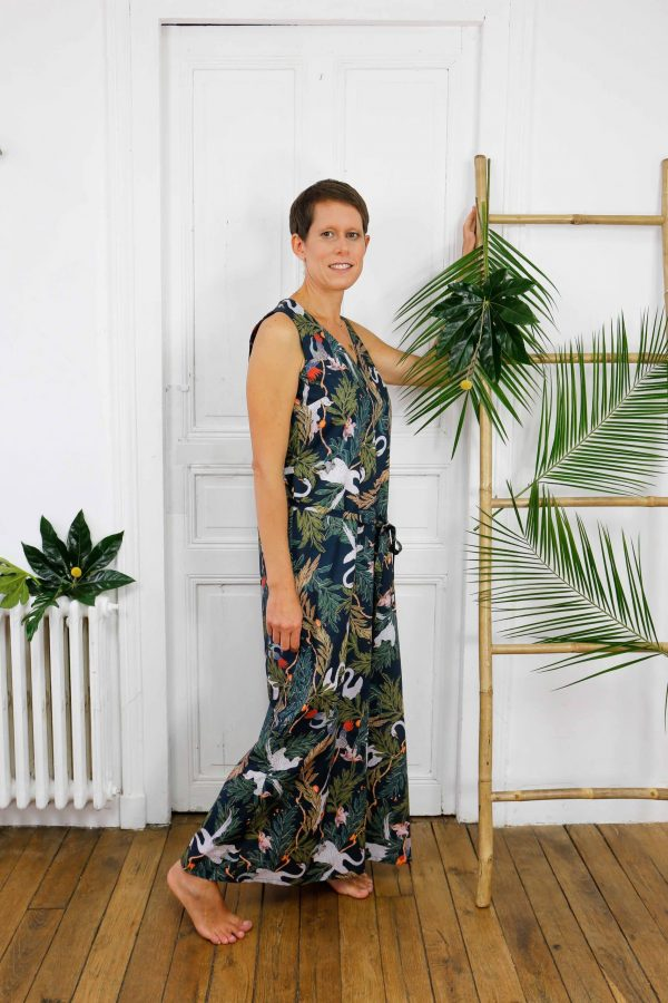 robe longue jungle de profil